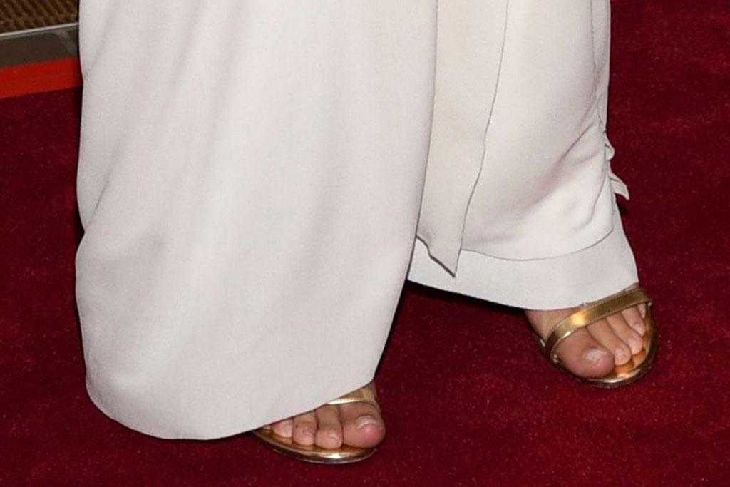 Emily Ratajkowski, jimmy choo minny sandals, celebrity style, red carpet, narcisco rodriguez