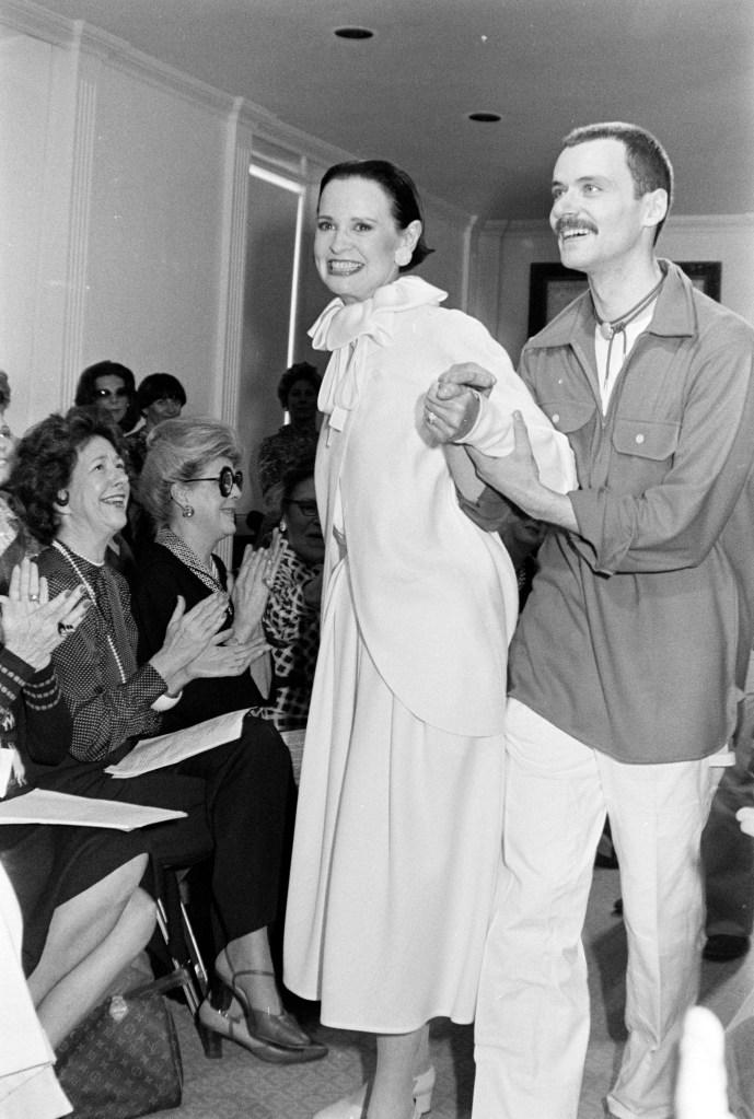 Designer Gloria Vanderbilt. Gloria Vanderbilt Fall 1976 Ready to Wear RunwayGloria Vanderbilt Collection. - 6 May 1976
