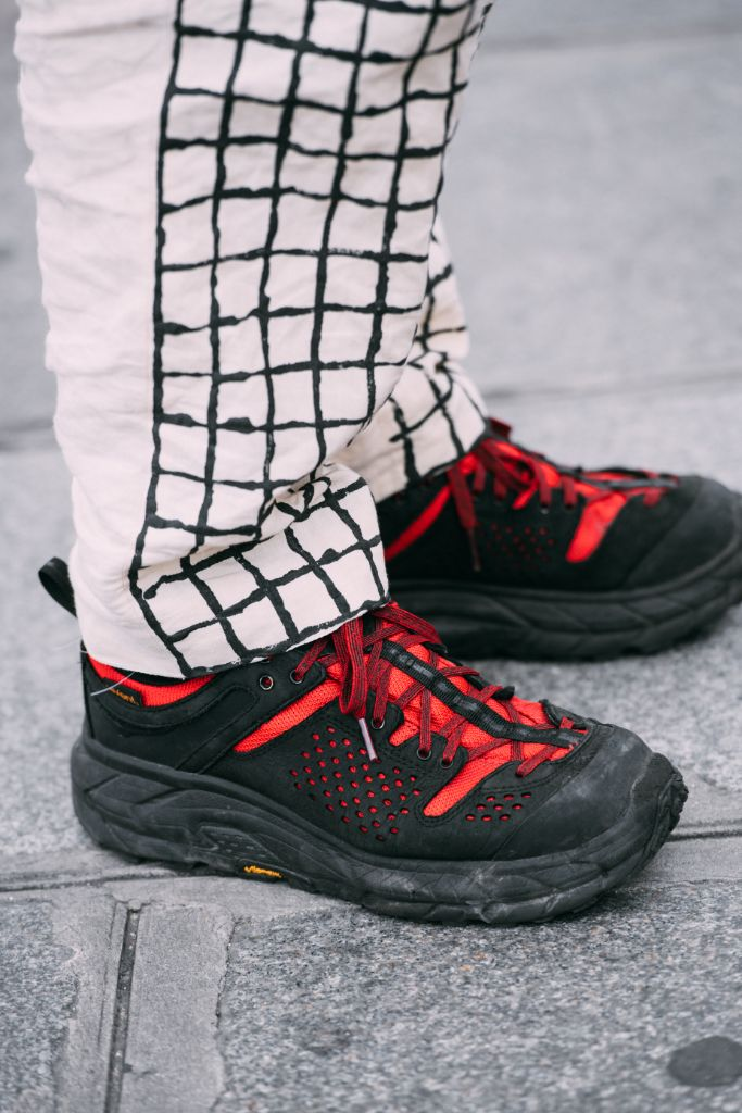 street style, paris fashion week mens spring 2020, Hoka x Engineered Garments