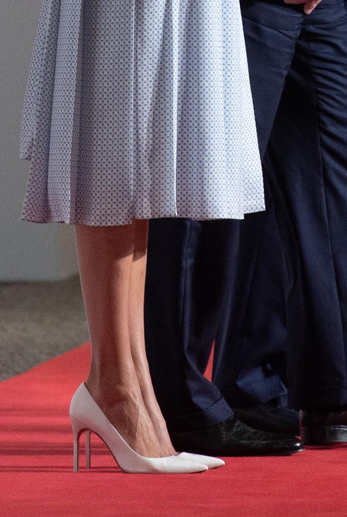 white pumps, high heels, Donald Trump, Shinzo Abe. Ivanka Trump and senior adviser Jared Kushner walk to join President Donald Trump and Japanese Prime Minister Shinzo Abe for a photo before a meeting on the sidelines of the G20 summit in Osaka, JapanTrump US , Osaka, Japan - 28 Jun 2019