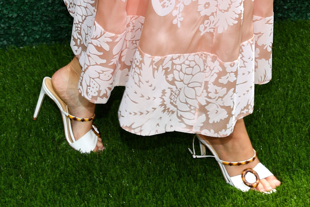 Jennifer Lawrence, white sandals with tortoise shell detailing, celebrity shoe style, 2019, veuve clicquot polo classic, may 2019