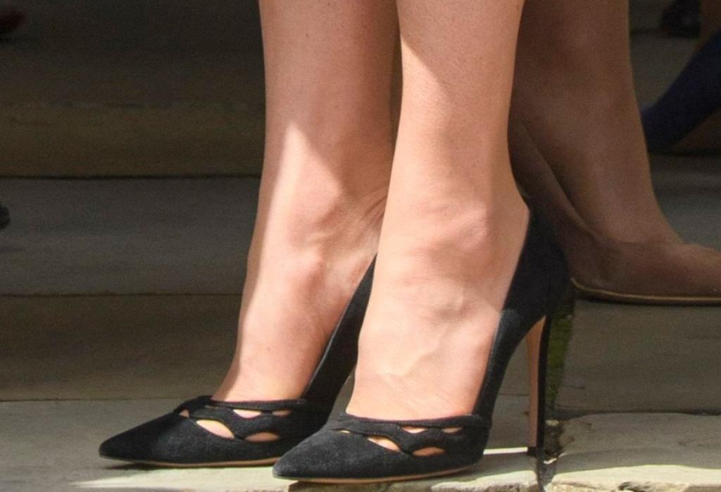 kate middleton shoes, Prada Wavy-Cut Suede Pump