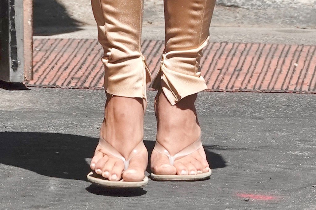 Kim Kardashian, yeezy pvc season 8 thong sandals, celebrity shoe style