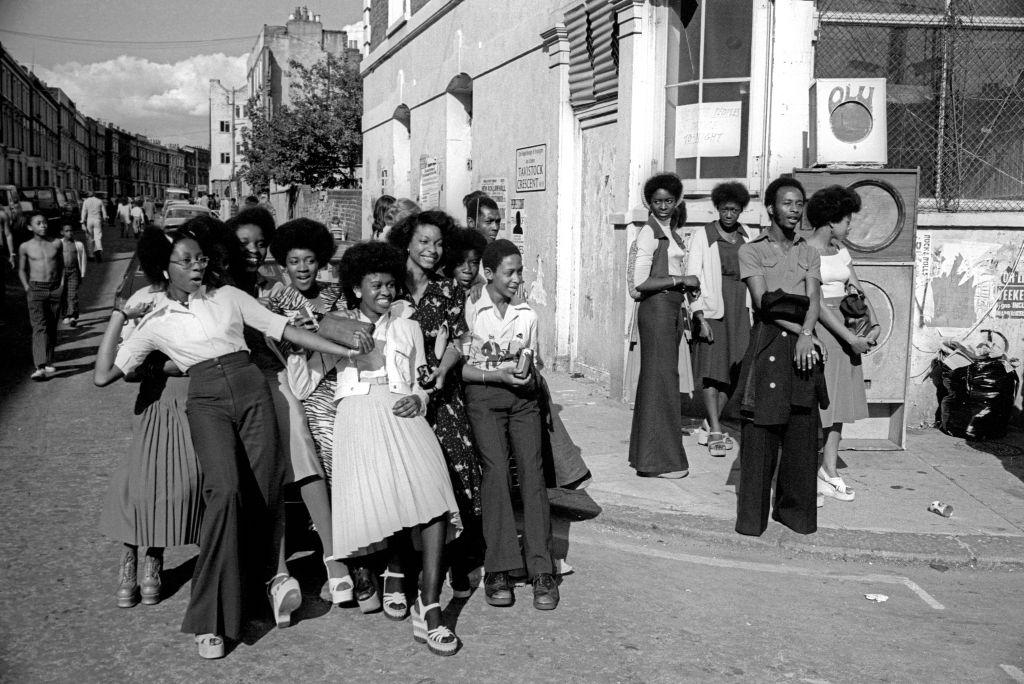platform, shoes, 1970s, women, fashion, feminism
