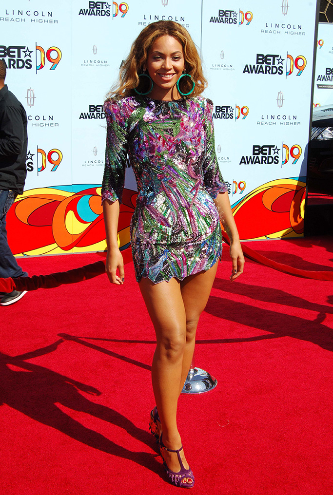 """Beyonce Knowles9th Annual BET Awards, Arrivals, Los Angeles, America - 28 Jun 2009This year's annual Black Entertainment Television awards were changed at the last minute to become a tribute ceremony to honour the late singer Michael Jackson, who collapsed and died last week (Thurs 25th June).Members of the famous Jackson family led the tributes and there was even an appearance from his infamous father Joseph.A Jackson 5 medley was performed and host Jamie Foxx even tried his hand (or should that be feet?) at doing the Moonwalk before Janet Jackson held back the tears to give thanks to all her brother's friends and fans.Guests attending, some of whom gave their own remembrance speeches, included Kanye West, Alicia Keys, Beyonce Knowles, Estelle and Chaka Khan.The family are currently calling for a second autopsy on Michael's body because of what they called """"unanswered questions"""" concerning the cause of his death."""