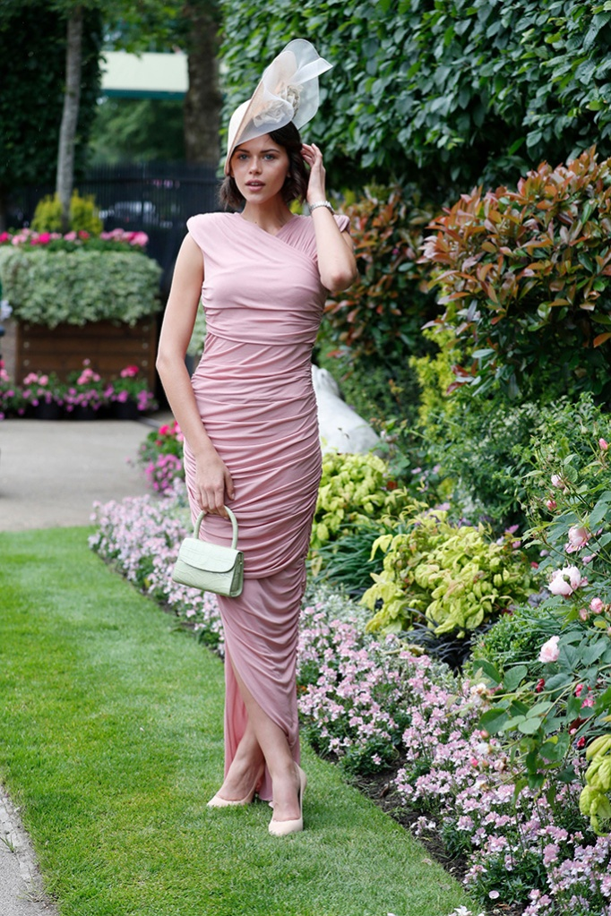 Georgia Fowler poses for photographers as she attends the day one of the annual Royal Ascot horse race meeting in Ascot, EnglandRoyal , Ascot, United Kingdom - 18 Jun 2019 Wearing Tom Ford Same Outfit as catwalk model *9044580h and Serena Williams