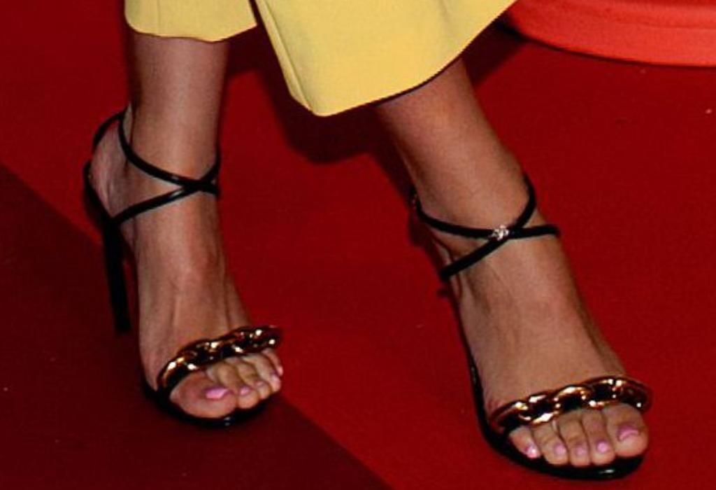 sofia richie sandals