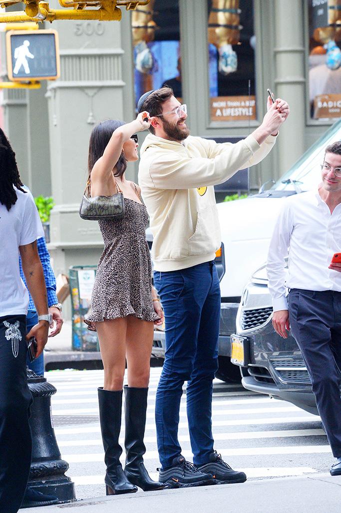 Kendall Jenner takes selfie with fan