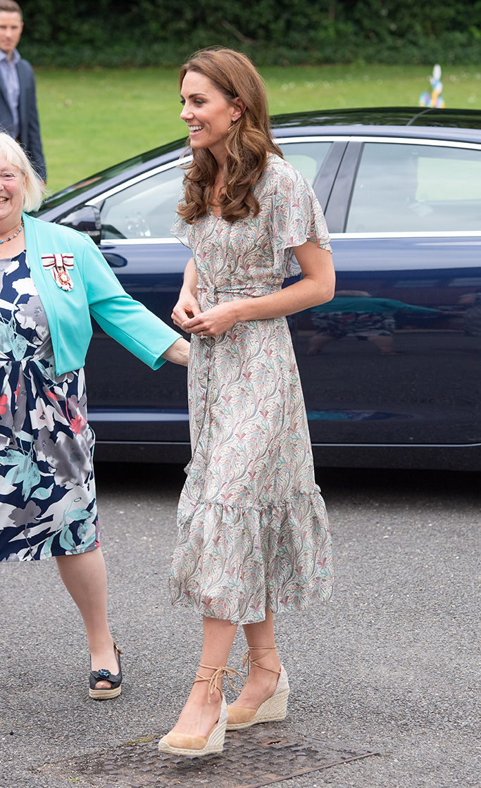 Kate Middleton Shoes, Castaner Espadrille Wedges, jute toe, suede and canvas