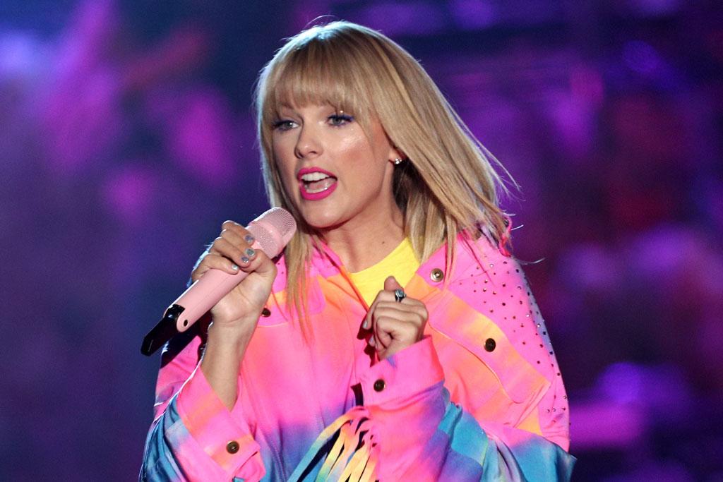 Taylor Swift at Wango Tango in Rainbow