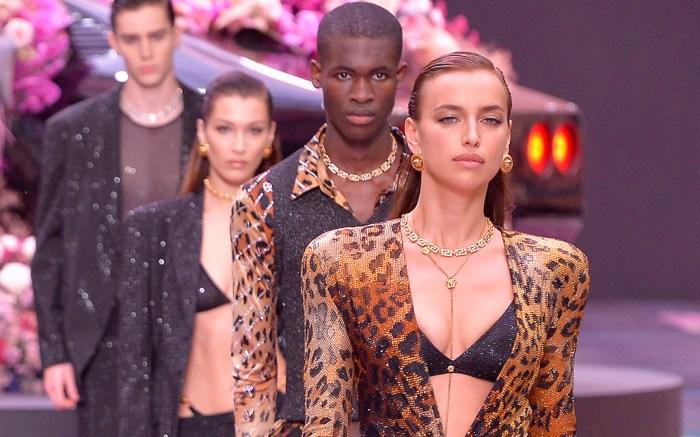 Irina Shayk on the catwalkVersace show, Runway, Spring Summer 2020, Milan Fashion Week Men's, Italy - 15 Jun 2019