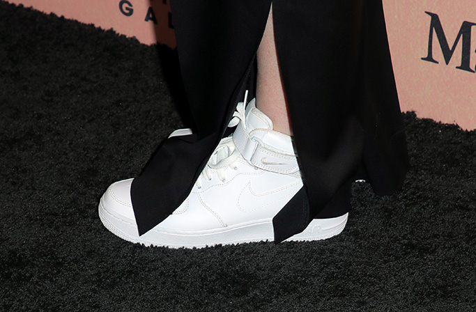 Amy Poehler, shoe detailWomen In Film Gala, Arrivals, Beverly Hilton, Los Angeles, USA - 12 Jun 2019