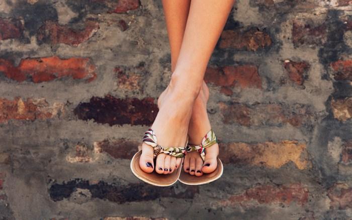 best-flip-flops-womens