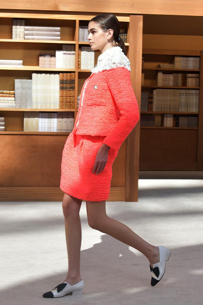 Chanel Kaia Gerber, Haute Couture, fall 2019.