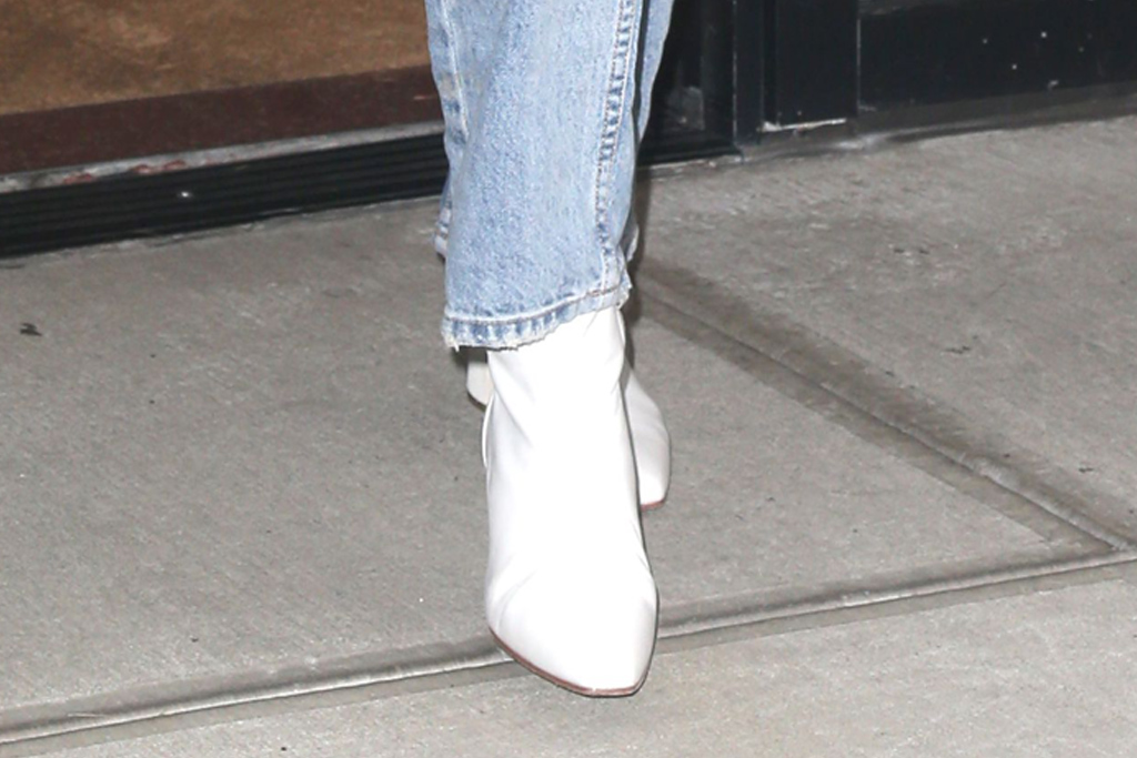 gigi hadid, jeans, white boots, new york