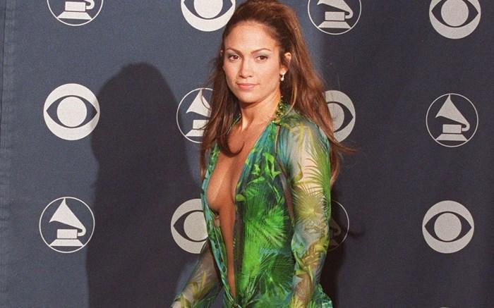 Jennifer Lopez 2000 Grammys Versace