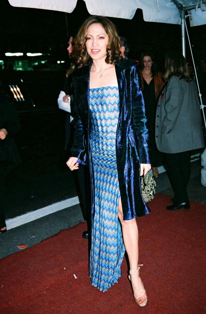 Jennifer Lopez, 'MAN IN THE IRON MASK' FILM PREMIERE, NEW YORK, AMERICA - 02 MAR 1998