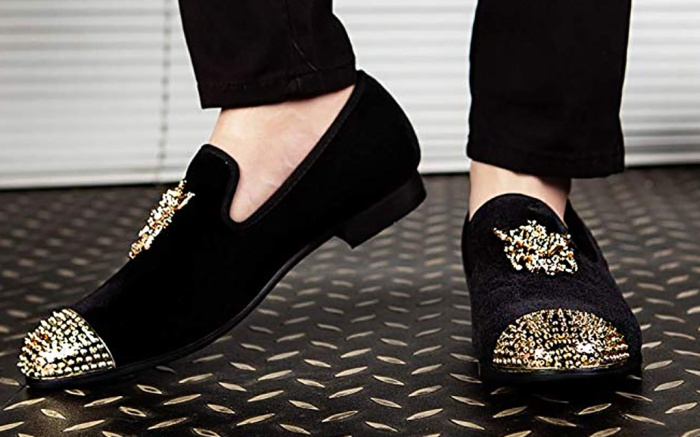 jitai velvet loafers shoes, gold cap toe studs, emblem dragon