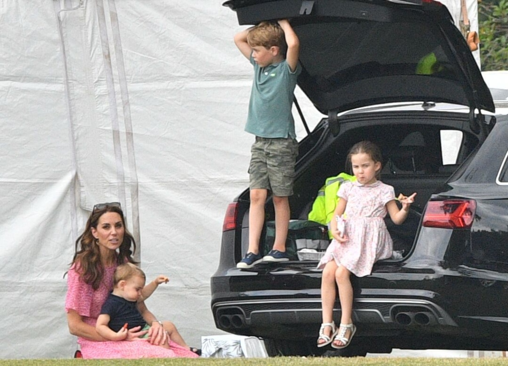 kate middleton, prince george, prince louis, princess charlotte