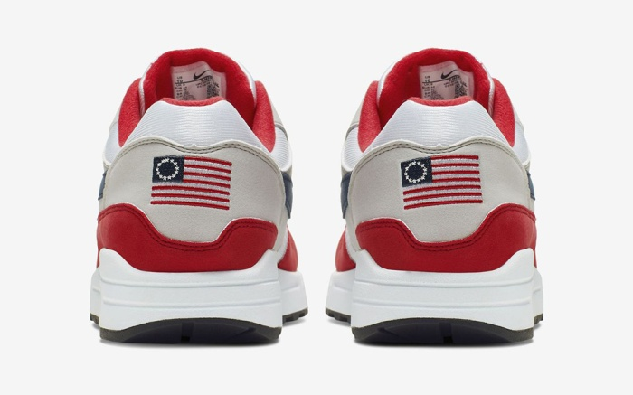 Nike Air Max 1 USA, betsy ross flag shoes