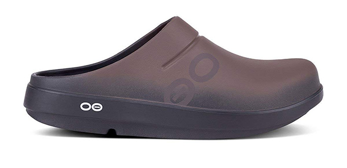 OOFOS Sports Recovery Clog