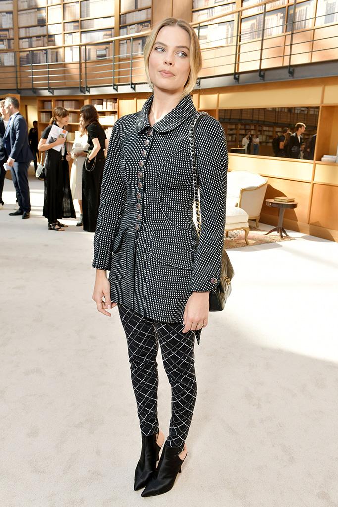 Margot Robbie, Front Row, Chanel
