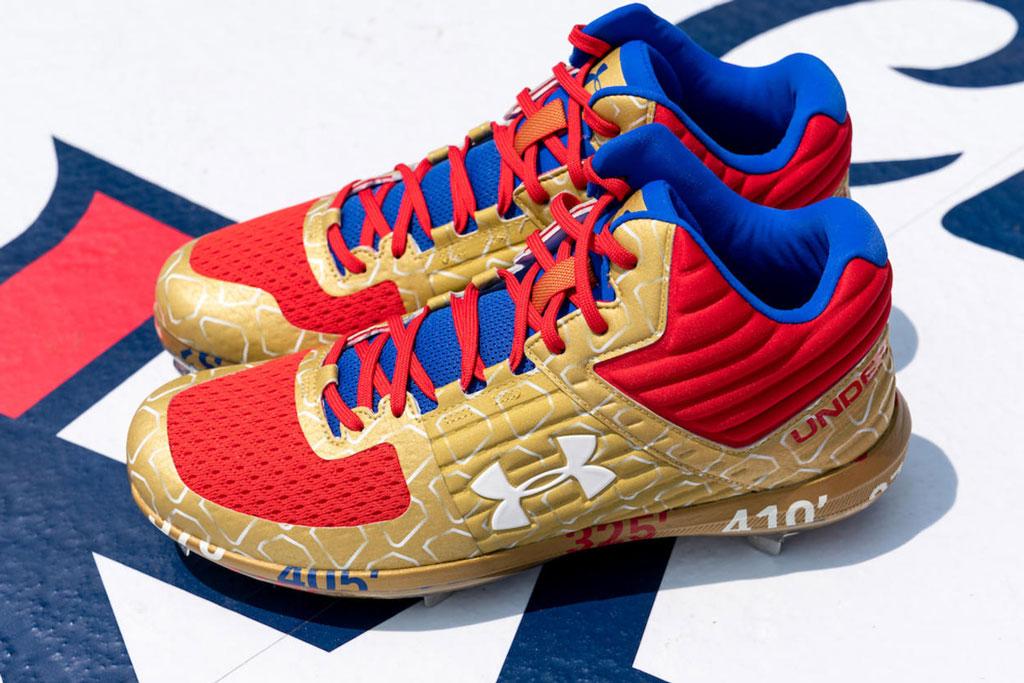 Vladimir Guerrero Jr., UA yard sneakers
