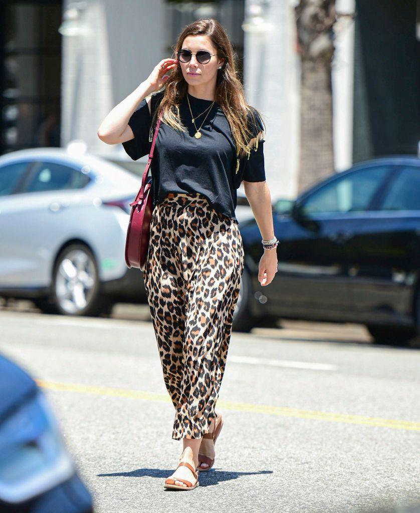 leopard, print, midi, skirt, jessica, biel