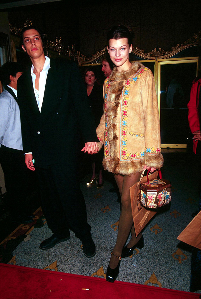 Sean Andrews and Milla Jovovich, 1992, shoes that defined the 90s, square toes.