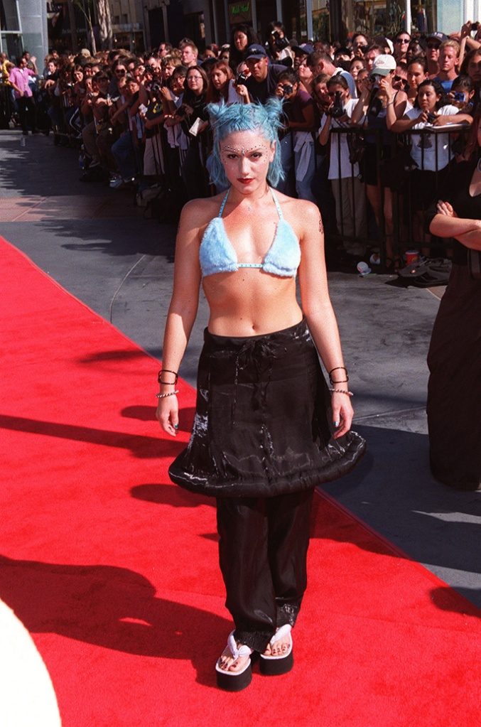Gwen Stefani at the 1998 MTV Video Music Awards, 90s trends, shoes that defined the 90s