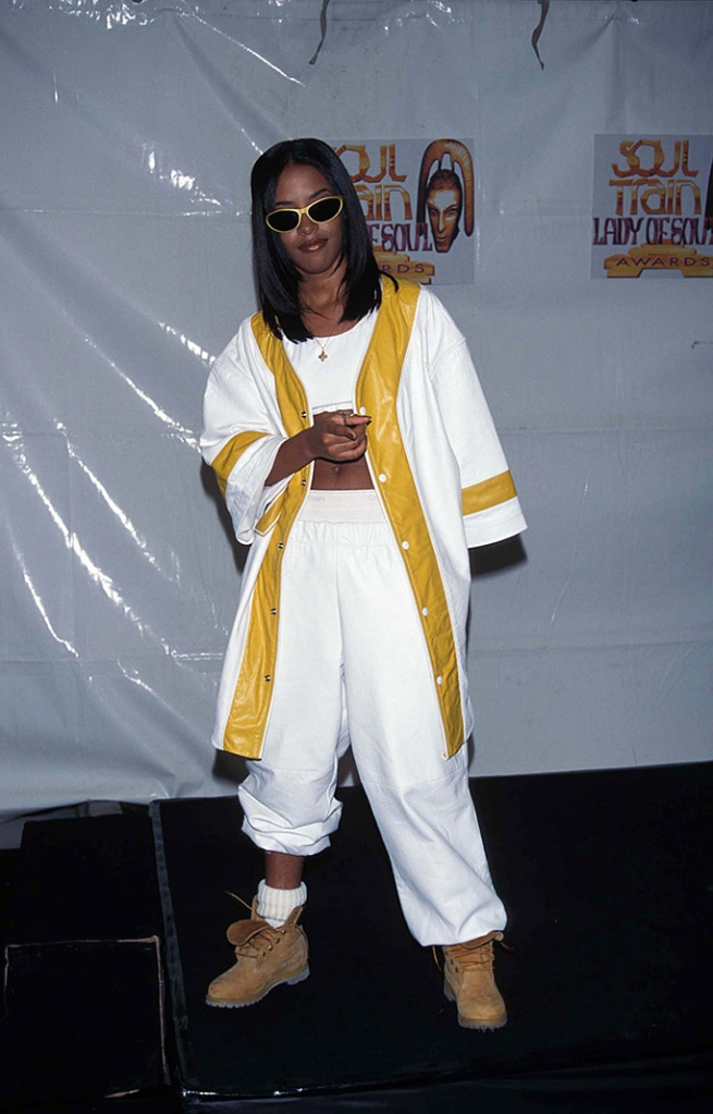 Aaliyah at the Soul Train Lady of Soul Awards, 1995, alliyah shoe style, timberland boots