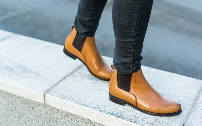Best Women's Chelsea Boots, Amazon, Amazon Onsites, Chelsea Boots, Shutterstock, Fall boot trends, brown chelsea boots