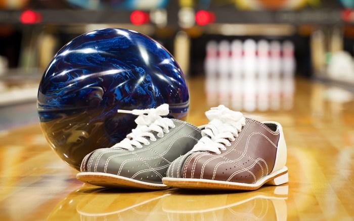 bowling; Shutterstock ID 172348064