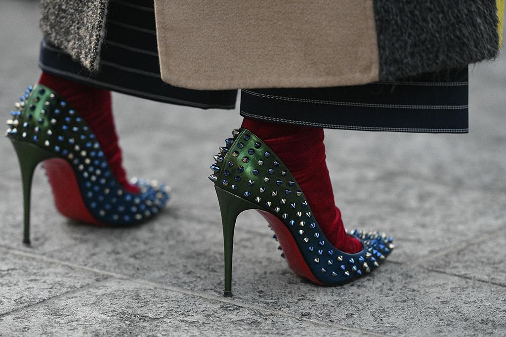 Best Dress Socks for Women – Footwear News
