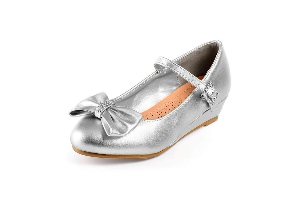 Best Girls Dress Shoes – Footwear News
