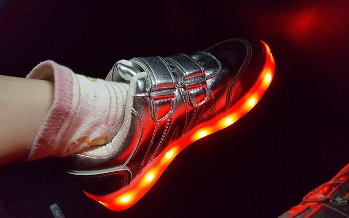 best-light-up-shoes-kids