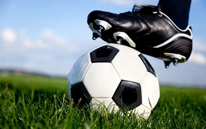 best-mens-soccer-shoes