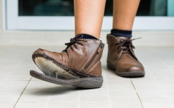 best-shoe-glue shoe goo