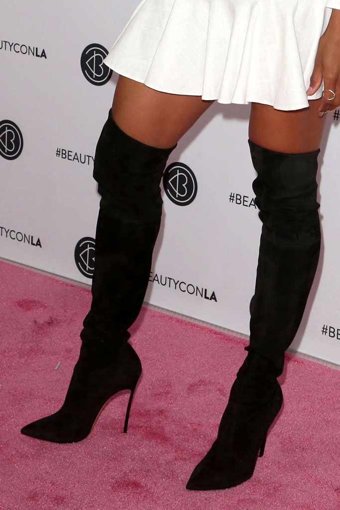 Ciara, black suedelike thigh-high boots, red carpet, beauty con la