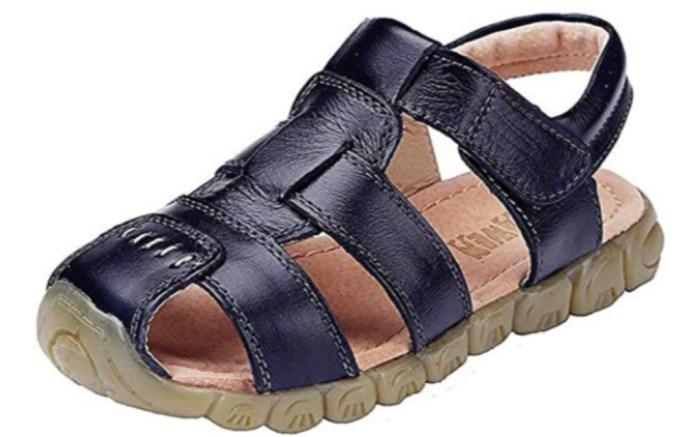 Dadawen Closed Toe Sandal, boys shoes