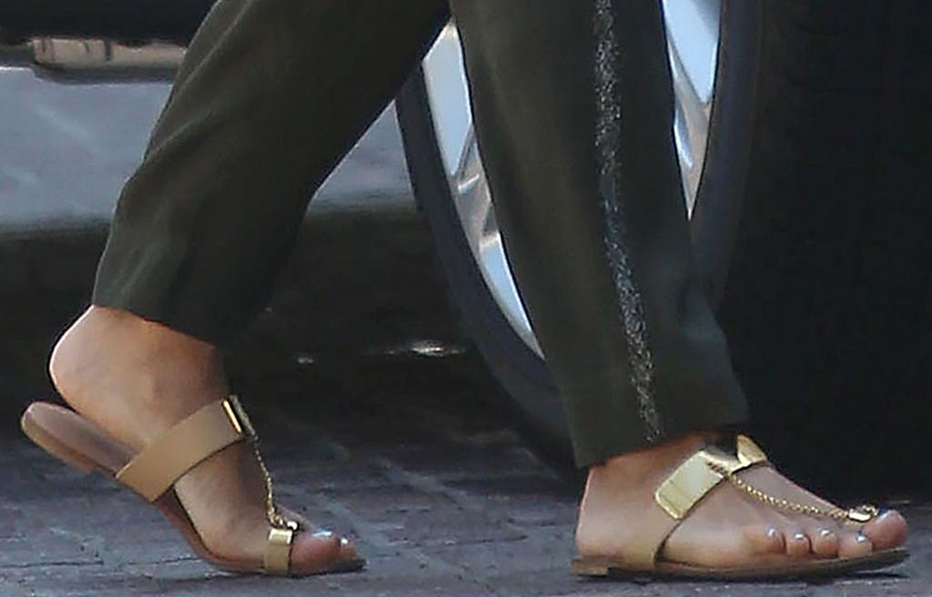 eva longoria sandals