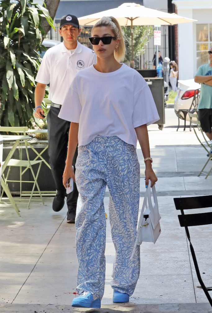 hailey bieber, jacquemus, nike air force 1 low off-white mca sneakers