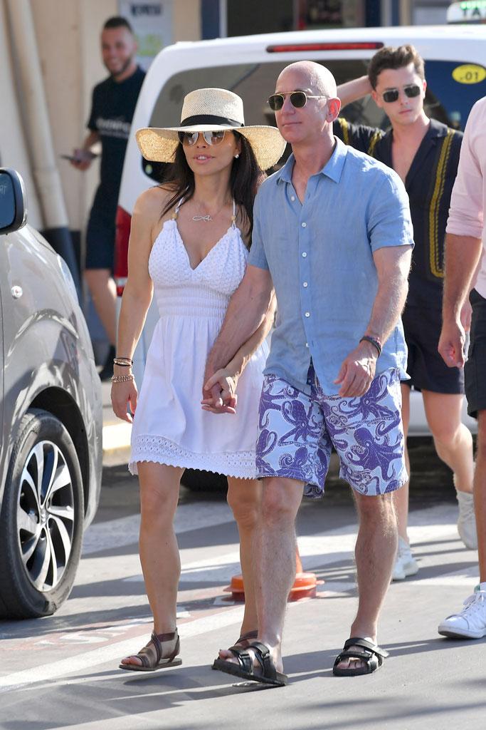 Jeff Bezos, Lauren Sanchez, vacation, St. Tropez, celebrity style, sandals, august 2019