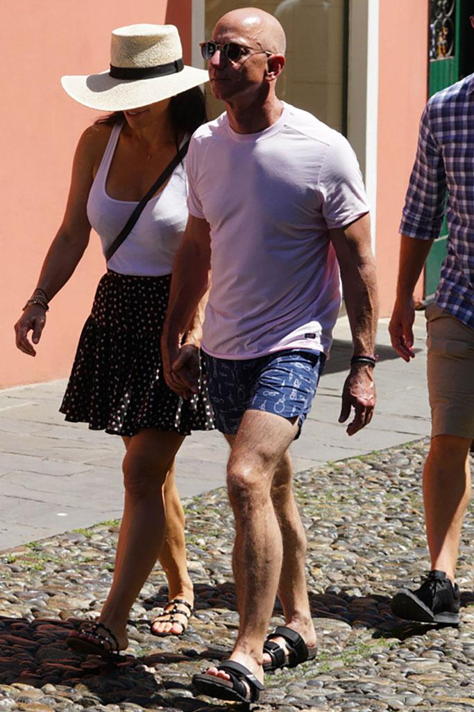 Jeff Bezos, Lauren Sanchez, vacation, St. Tropez, celebrity style, sandals