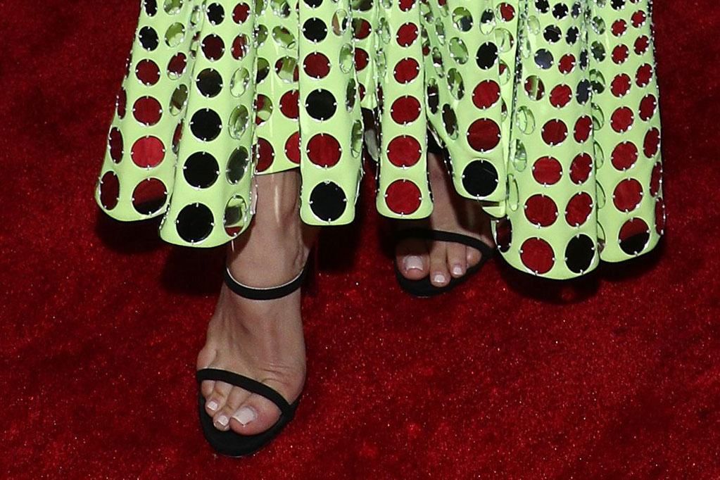 Jenna Dewan, red carpet, black sandals, industry dance awards