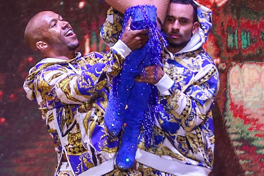 jennifer lopez, egypt, its my party, concert