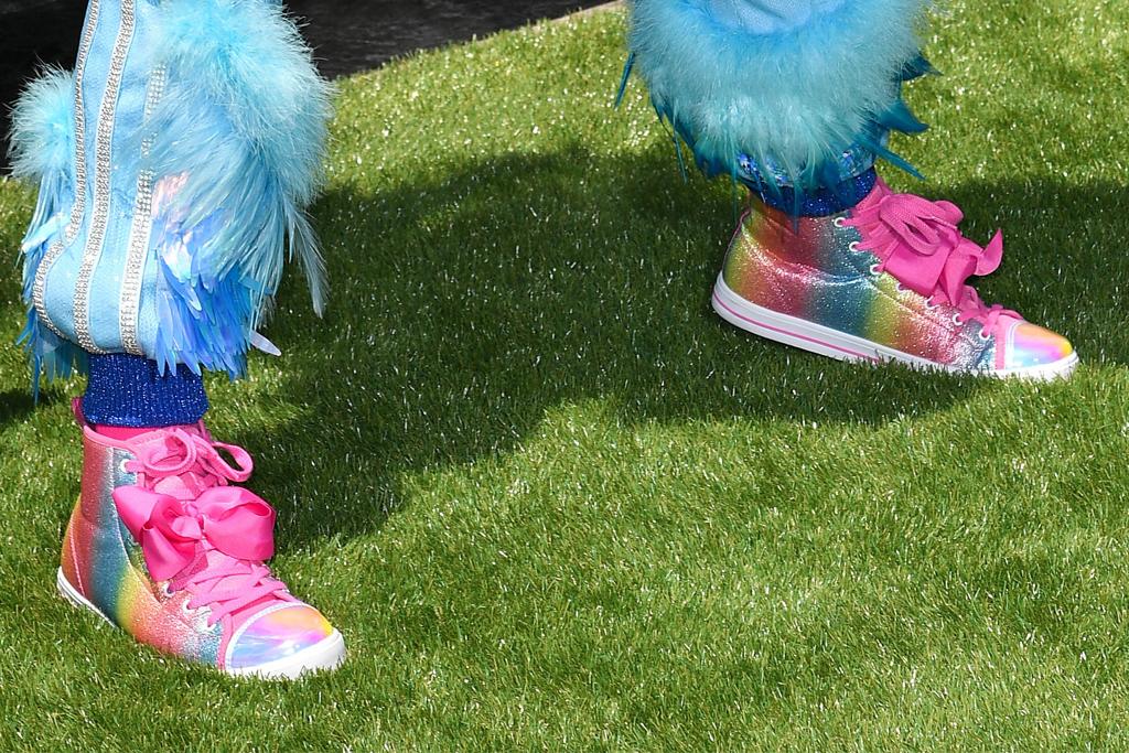 The Angry Birds Movie 2, premiere, los angeles, jojo siwa, bird costume, rainbow sneakers