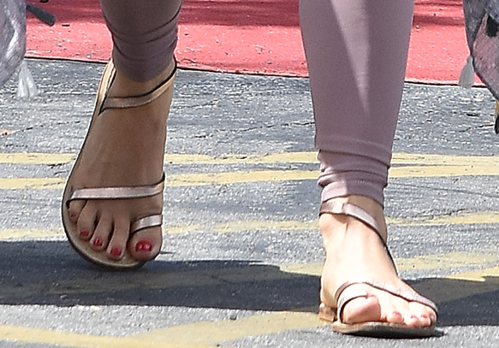 julianne hough sandals
