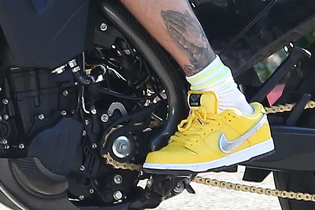 justin bieber, nike, yellow sneakers, custom motorcycle, motorcycle