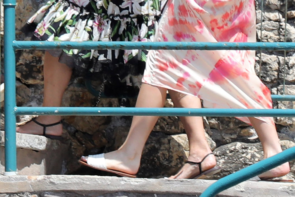 kylie jenner, travis scott, corey gamble, kris jenner, sandals